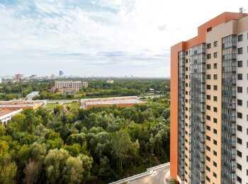 Вид с верхних этажей комплекса